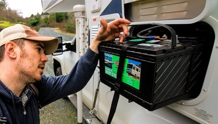 Does-plugging-in-RV-charge-battery