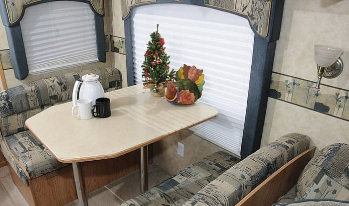 roller-shades-for-rv