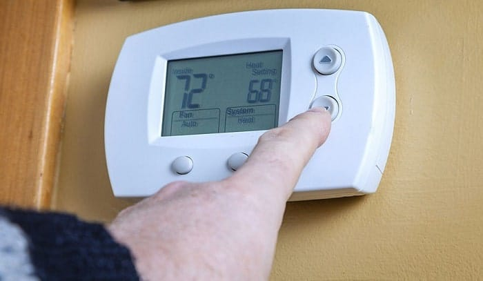 programmable-rv-thermostat