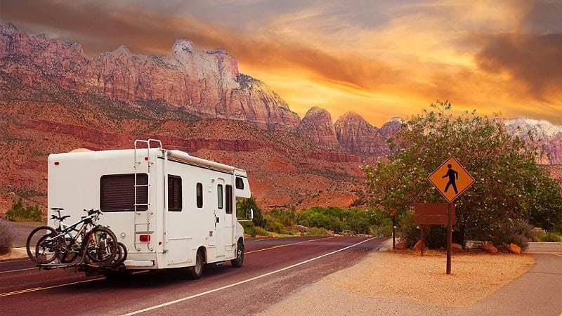 WhIch-Type-Of-RV-Siding-Is-Better-Aluminum-or-Fiberglass