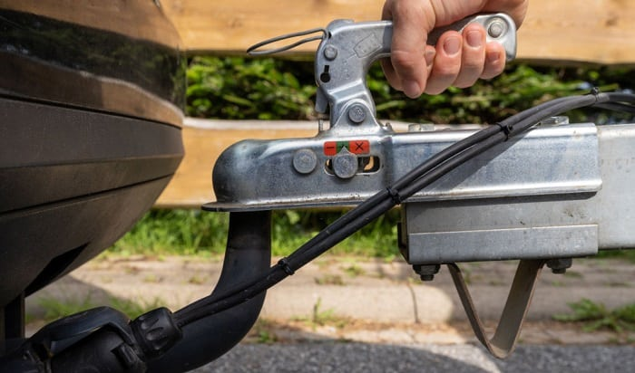 how to lock a trailer so it can't be stolen