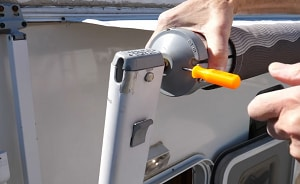 replace-an-RV-awning-tube